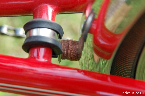 Velo Orange VO 37mm Mudguard Fender Mount